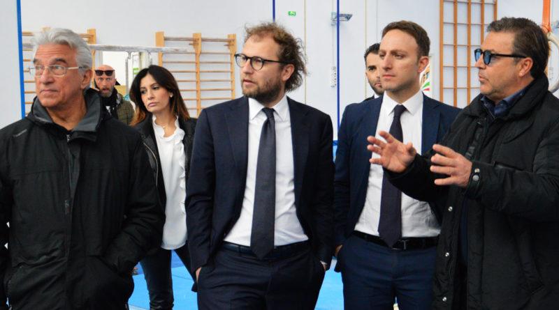 L'ex Ministro allo Sport Luca Lotti in visita al Palazzetto Acquasport 1