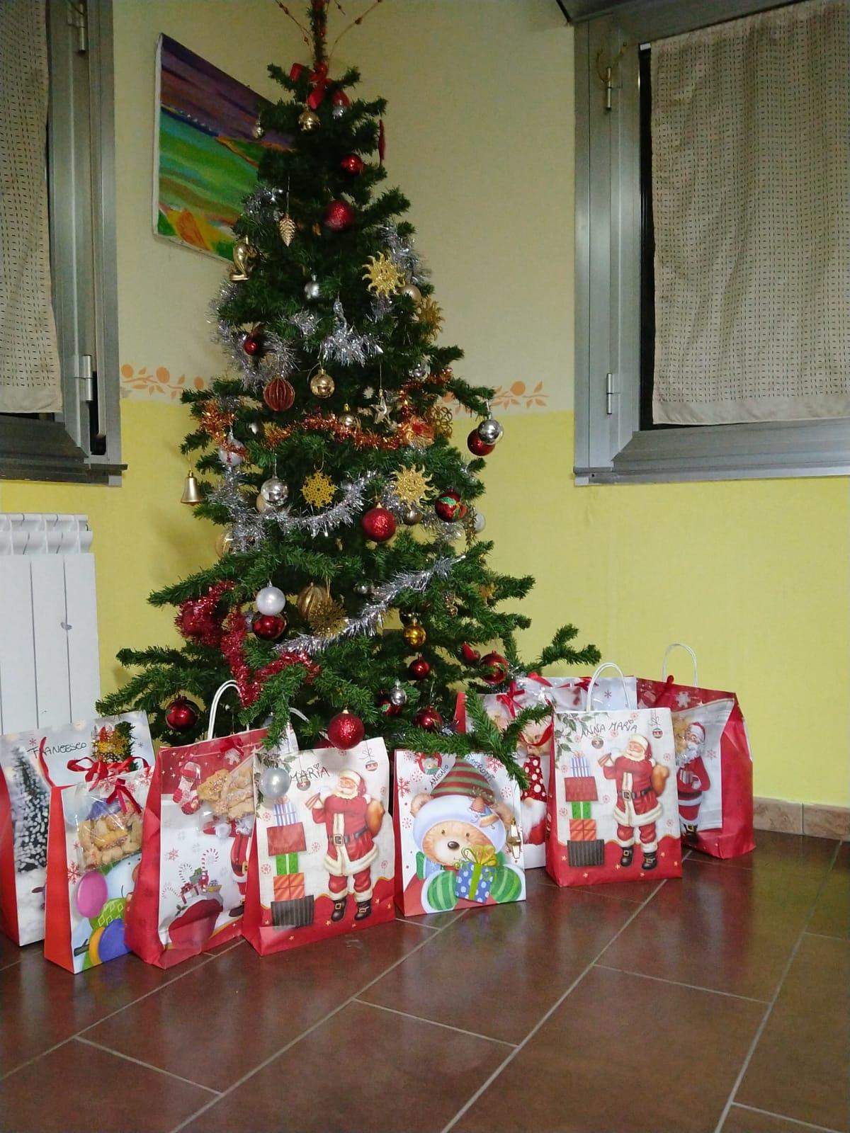 """Il Natale nella Casa Alloggio """"Si può fare"""" 1"""