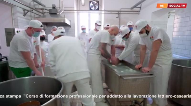 """Corso di formazione professionale per """"ADDETTO ALLA LAVORAZIONE LATTIERO - CASEARIA"""""""